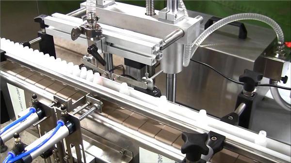 Màquina automàtica d'ompliment d'ampolles d'e-líquid d'alta velocitat