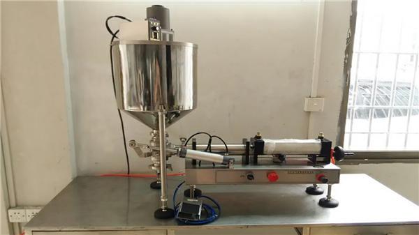 De bona qualitat, màquina de farciment de salsa de chiles de doble capçal